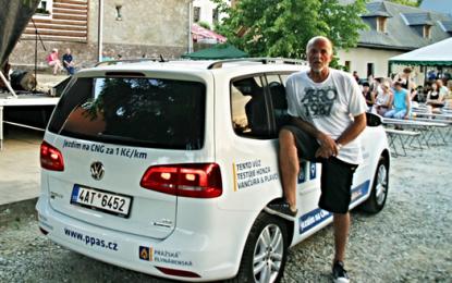 I zpěvák Honza Vančura ví, že vozy CNG rozhodně mají něco do sebe